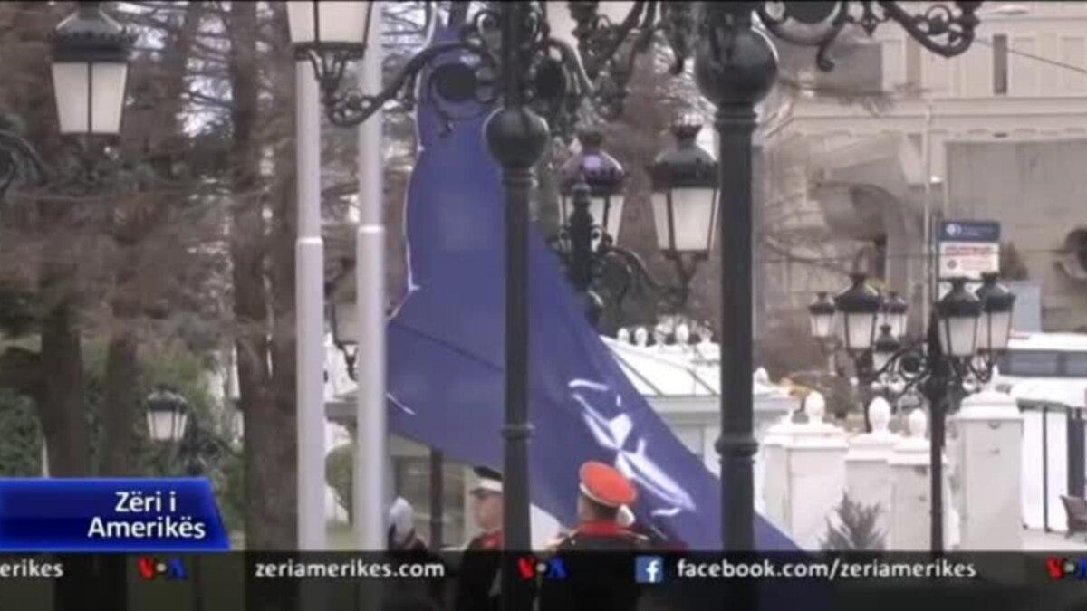 Ngrihet flamuri i NATO-s para selisë së qeverisë në Shkup