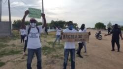 Manifestantes e autoridades do Cunene negoceiam manifestação - 1:24