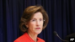 美国消委会主席特南鲍姆看好美中合作前景