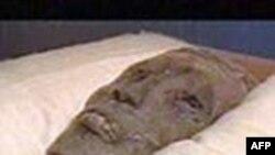 Yağmacılar Mısır Müzesi'nden 18 Parça Çaldı
