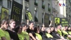 Türkiye'nin Paris Büyükelçiliği Önünde Protesto