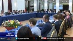 Shqipëri, qeveria miration paketën anti-shpifje