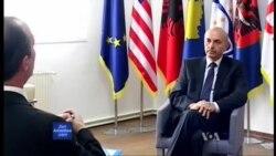 Intervistë me Isa Mustafën