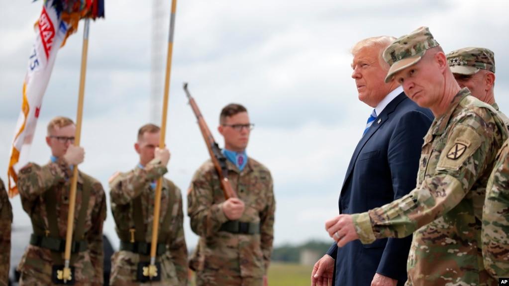 Дональд Трамп на военной базе Форт-Драм в штате Нью-Йорк. 13 августа 2018.
