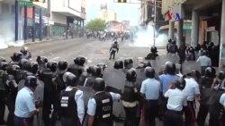 """Arte por Venezuela pone en """"Jaque a Maduro"""""""