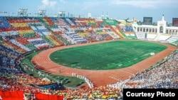 1984年奥林匹克运动会在洛杉矶纪念体育场开幕(洛杉矶市长贾西提脸书网页照片)