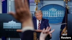Tổng thống Donald Trump phát biểu tại cuộc họp báo ngày 27/09/2020.