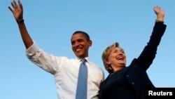 သမၼတ Barack Obama နဲ႔ ဒီမုိကရက္တစ္ပါတီ ကုိယ္စားလွယ္ Hillary Clinton (၂၀၀၈ ခုႏွစ္ )