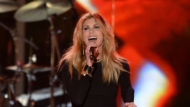 Faith Hill performing at ACM Presents: Tim McGraw's Superstar Summer Night at the MGM Grand Garden Arena in Las Vegas, April 8, 2013.