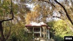 یکی از عمارت های مجموعه تاریخی فرهنگی سعدآباد واقع در شمال تهران - آرشیو