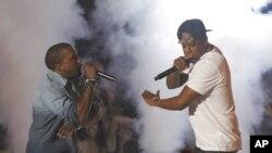 Турнеја на Џеј Зи и Канје Вест, нов хуманитарен проект на Бон Џови