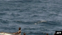 Seyşeller Donanması Kaçırılan Balıkçıları Kurtardı
