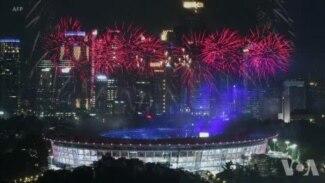 亚运会开幕 韩国朝鲜运动员举半岛旗一起入场