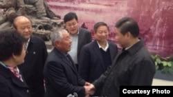 中共总书记习近平11月25日到临沂视察。(微博图片)