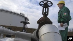تأثیر بحرانات شرق میانه بر قیمت نفت