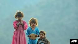 Afganistan'ın Başkenti Kabil'de 22 Çocuk Donarak Öldü