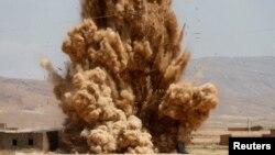 '쿠르드노동자당(PKK)' 연계 무장세력이 이라크에서 급조한 사제폭발물이 터지는 장면. (자료사진)