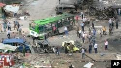 تصویر خبرگزاری دولتی سوریه از صحنه بمب گذاری روز دوشنبه در شهر طرطوس. ۲۳ مه ۲۰۱۶