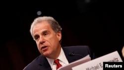 Tư liệu: Tổng Thanh Tra thuộc Bộ Tư Pháp Hoa Kỳ Michael Horowitz điều trần trước Ủy ban Tư Pháp vào sự can thiệp của Nga trong cuộc bầu cử năm 2016 tại Điện Capitol, trự sở QH Mỹ ngày 26/7/2017. REUTERS/Aaron P. Bernstein - RC15A41CCB80