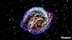 Se calcula que el telescopio espacial Planck siga transmitiendo datos hasta fines del 2013, cuando podría agotársele el fluido congelante.