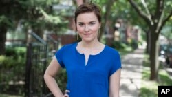 Veronica Roth, penulis buku Divergent