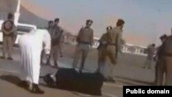 په سعودي کې، د قتل، وسله والې غلا، نشه يي توکو د قاچاقو او ارتداد سزاوې، اعدام دی.