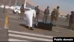execution in Saudi Arabia گردن زدن از در عربستان