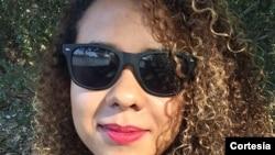 Estagiária Bárbara Ferreira Santos