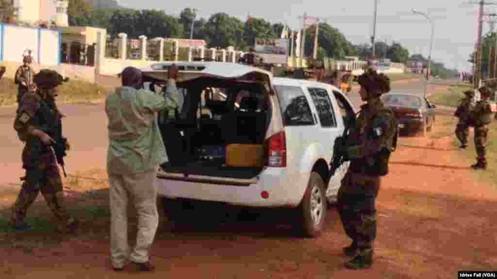 Les soldats français à Bangui, République Centrafricaine. Décembre 22, 2013