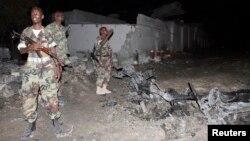 Las fuerzas armadas de Somalia aseguraron que han logrado recuperar el control del hotel. El tiroteo inició con el estallido de un coche bomba frente al hotel.