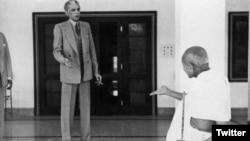 گاندھی اور جناح۔ فائل فوٹو