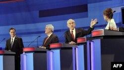 Republikanski predsednički pretendenti tokom debate u Ajovi