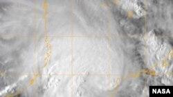 Irina, fotografado pelos satélites da NASA sobre o Canal de Moçambique