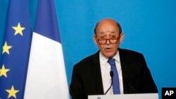 Fransa Dışişleri Bakanı Jean Yves Le Drian