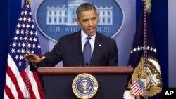 El presidente Obama cuenta también con mayor apoyo entre los votantes independientes, los jóvenes y las mujeres, según el sondeo.