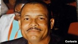 Elísio Magalhães, secretário-geral adjunto do Sindicato Nacional dos Enfermeiros de Angola (Sindea)