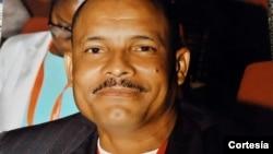 Elísio Magalhães Secretário-Geral Adjunto do Sindicato dos Enfermeiros de Angola