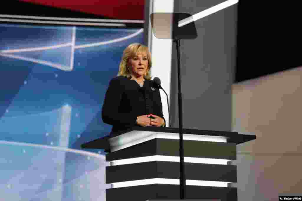 """Oklahoma Governor Mary Fallin stresses the """"one"""" of the night's them, Make America One Again, in her speech to the delegates at the Republican National Convention, in Cleveland, July 21, 2016."""