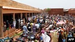 Kassim Traore, VOA BAMBARA lasigiden Bamako, ka sege segeliw jamana fanga kura sigili kan
