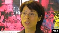 台湾妇女救援基金会执行长 康淑华(美国之音 张永泰拍摄)