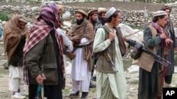 رپوټ: امریکا له طالبانو سره د خبرو هڅو ته زور ورکړی