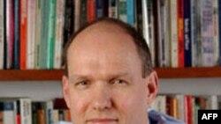 Profesor Stiven Volt