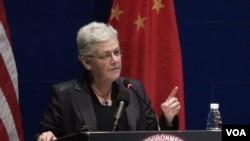 美国环保署长吉娜·麦卡锡访华强调中美环保合作。(美国之音东方拍摄)
