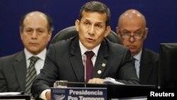 El gobierno de Ollanta Humala convocó a una reunión de emergencia a los países miembros de Unasur.