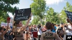 Aktivistkinje protestuju zbog nasilja nad ženama u Parizu, 6. jula 2019.