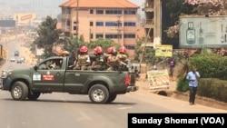 Jeshi la Uganda la likiwa katika njia za Kampala baada ya uchaguzi.