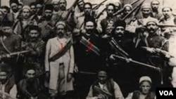 İranı federativ dövlət kimi görmək istəyən Səttarxan hərəkatı məğlub olduqdan sonra Azərbaycan türkləri fundamental siyasi-mədəni hüquqlardan məhrum edildilər.