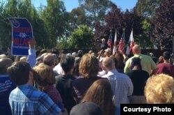 Cựu Tổng thống Bill Clinton vận động cho vợ ở Richmond, California (ảnh Bùi Văn Phú)