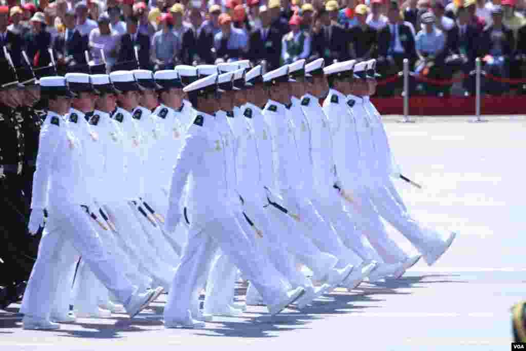北京9.3阅兵共12000余人参与(美国之音东方拍摄)