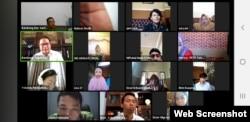 Suasana diskusi daring membahas kepulangan pekerja migran di tengah pandemi, Selasa, 12 Mei 2020. (Screenshot : VOA/Yudha Satriawan)